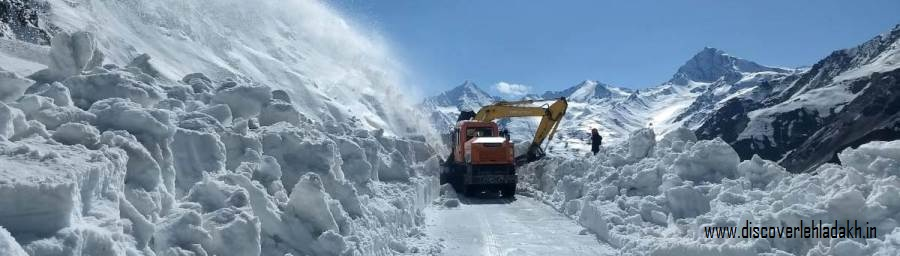 manali leh road status in 2020